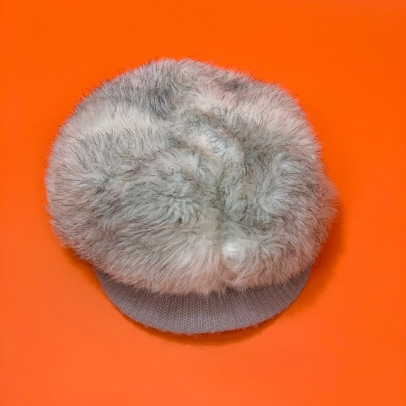 Vintage 70s Silver faux fur winter hat S/M